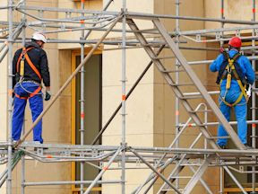 MOL extends deadline for last phase of mandatory Working at Heights training